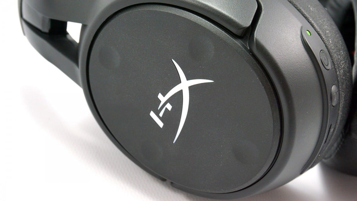 HyperX Cloud Flight S buttons.