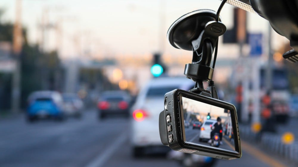 Dash cam camera for safety in the event of a traffic accident