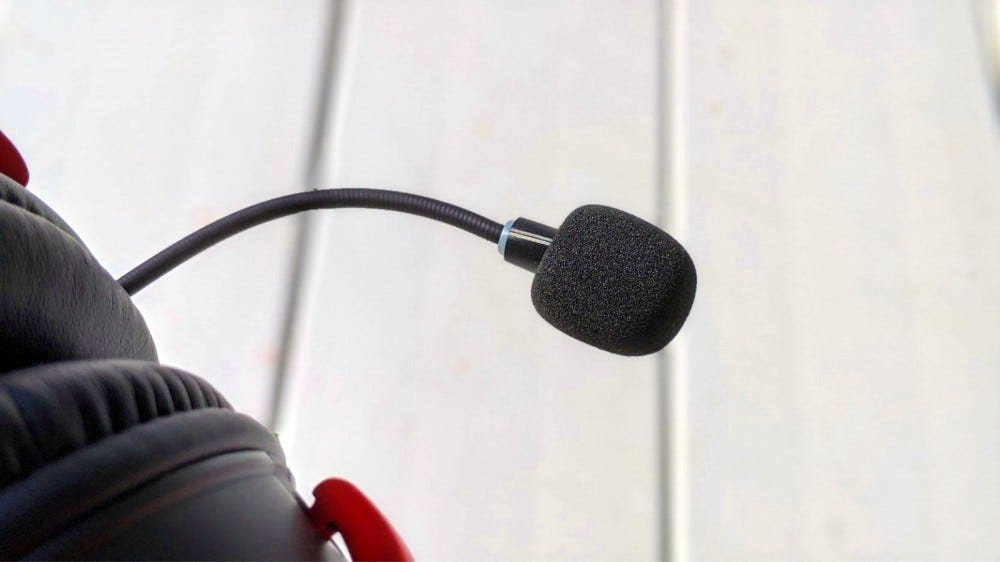 Close-up of the Cloud II Wireless' microphone