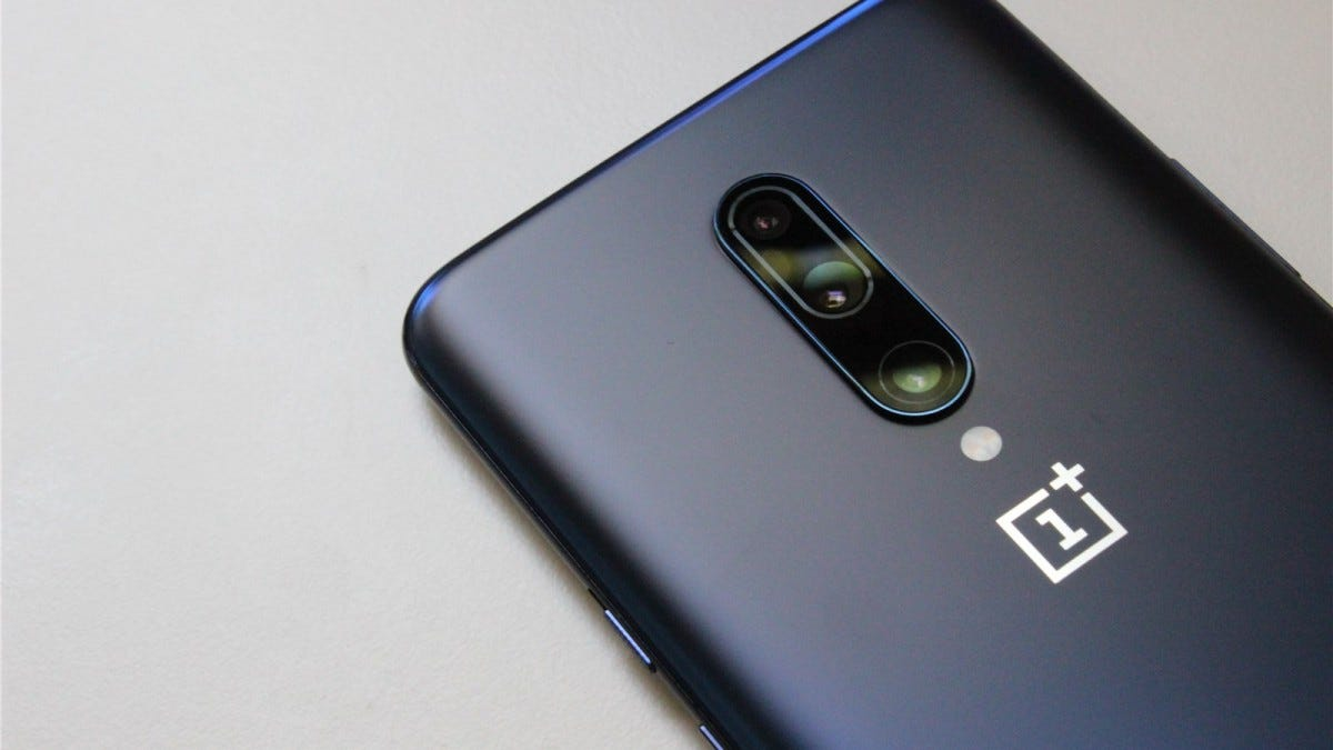 The OnePlus 7 Pro's triple camera array