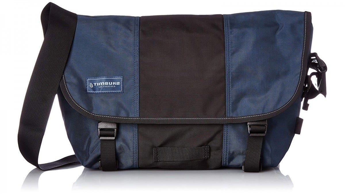 The Timbuk2 Classic Messenger Bag in Dusk Blue/Black.