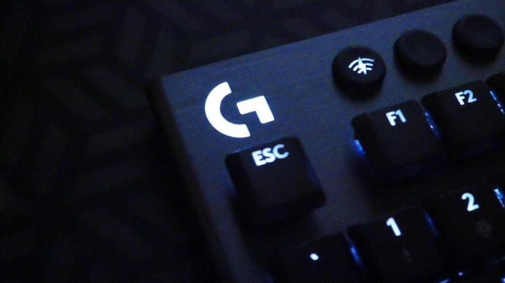 """Logitech G915 """"G"""" Logo"""