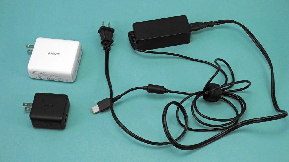 PowerPort III vs Aukey Omnia, ThinkPad standard AC adapter
