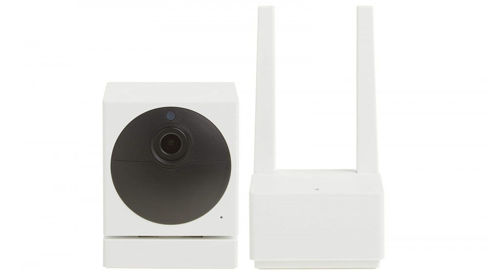 Wyze Cam Outdoor and its mount
