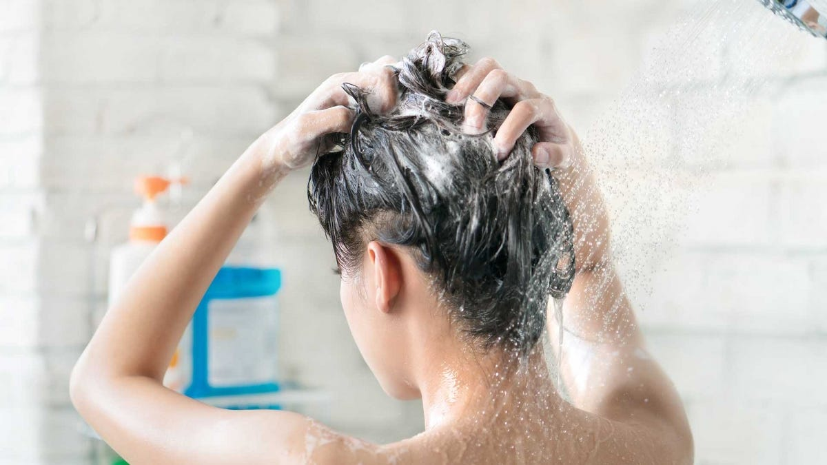 The Best Tools for Dealing with Hair Clogs In Your Shower and Bath – Review Geek