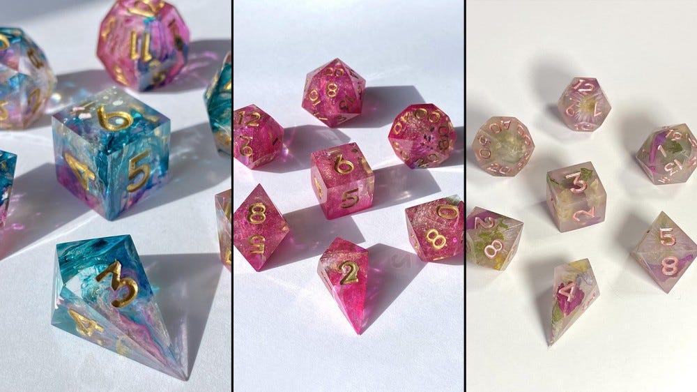 Наборы красочных кубиков от Soulbound Dice