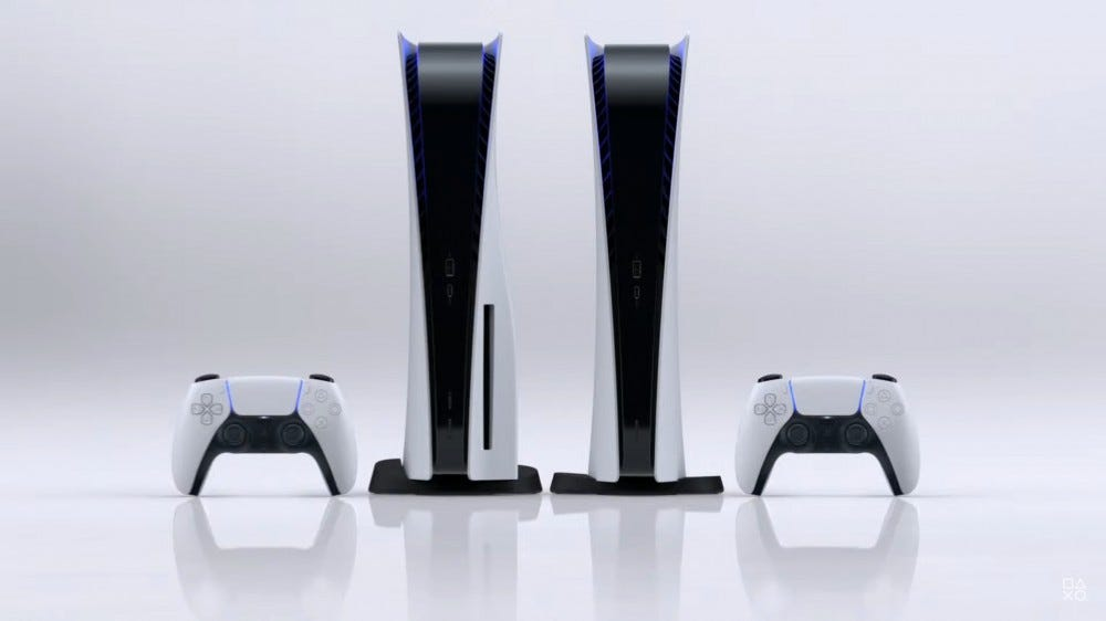 The PS5 in disc and discless version.