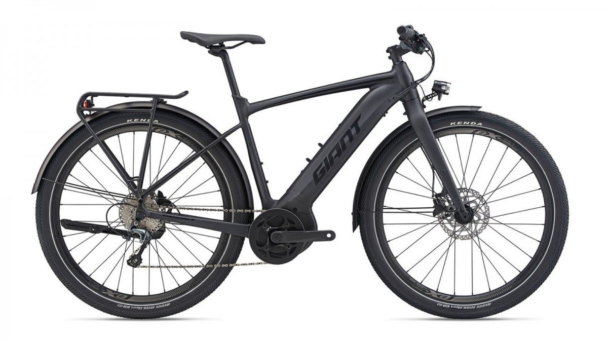 The Giant FASTROAD E+ EX PRO E-bike.