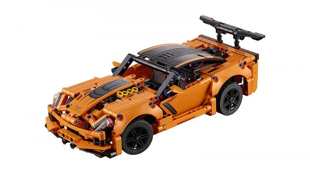 LEGO Technic Chevrolet Corvette ZR1 set