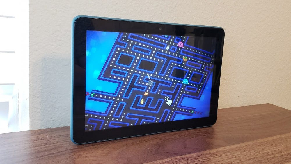 A photo of the Fire tablet playing Pac-Man256.