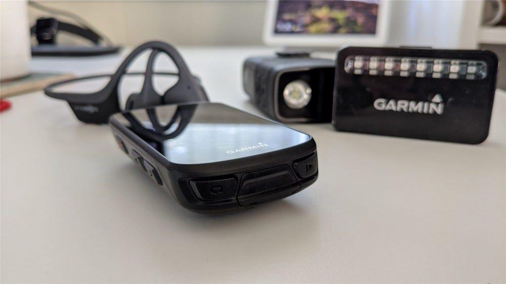 Trekz Air headphones, Garmin Edige 530 computer, Cycliq headlight/camera, and Garmin Varia Radar