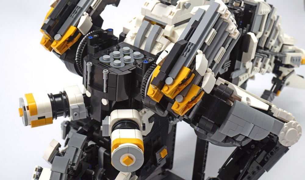 LEGO Thunderjaw haunches, disc launcher