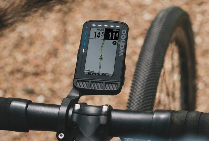 The Elemnt Roam installed on a gravel bike