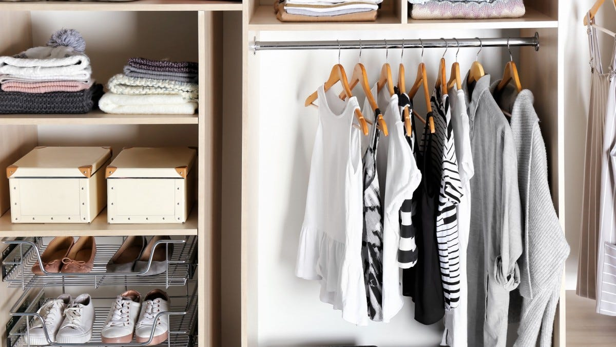 A super organized closet