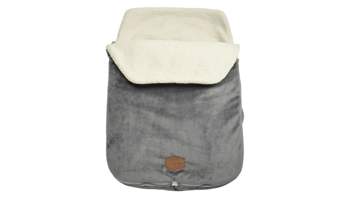 The JJ Cole Original BundleMe Bunting Bag.