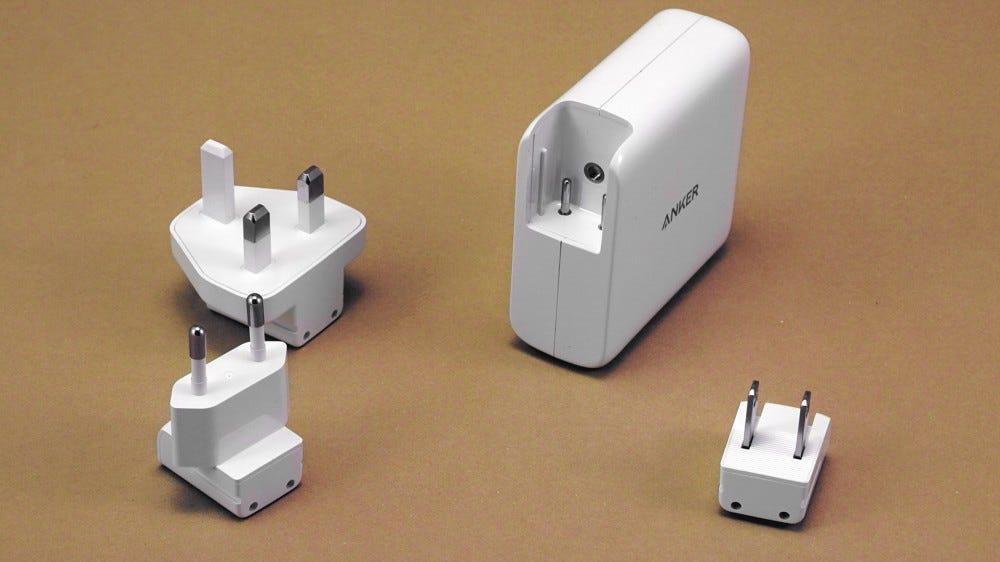 PowerPort III interchangeable plugs