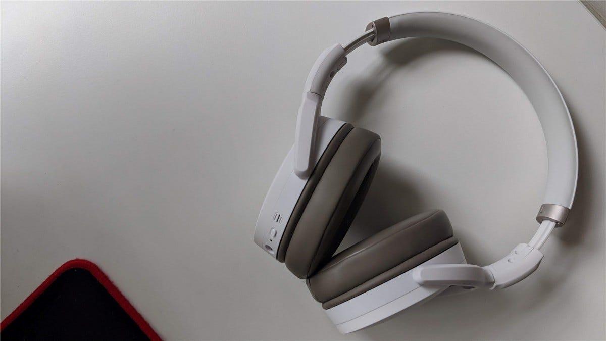 Sennheiser HD 450BT open on a desk