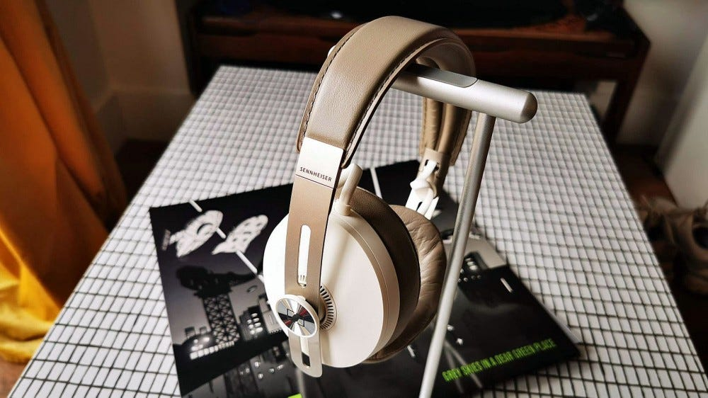 momentum 3 headphones on headphone stand