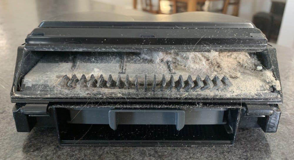 Shark IQ RV1001AE - Clogged Dust Bin