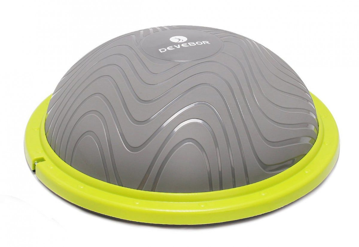 This flat-bottom ball can be used for a variety of exercises, and is easy to store.