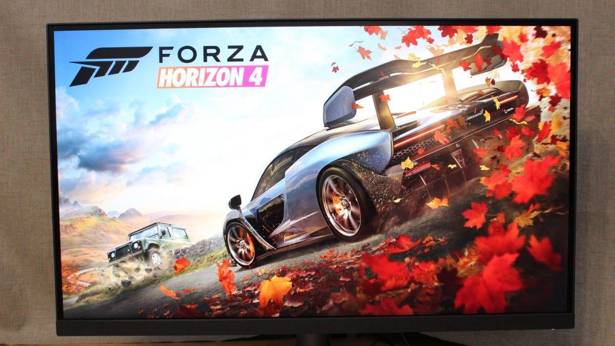 Forza Horizon 4 loading screen on BenQ monitor.