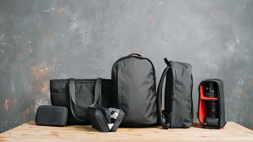 Moment Travelwear bag collection