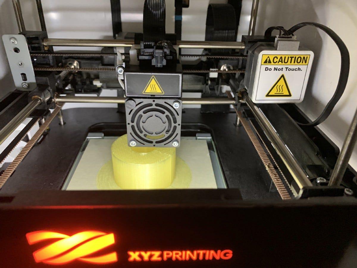 da Vinci Nano 3D printer building an object.
