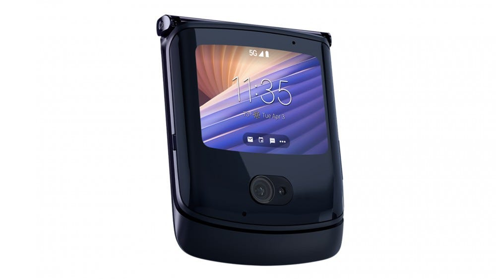 A photo of the clamshell Motorola Razr.