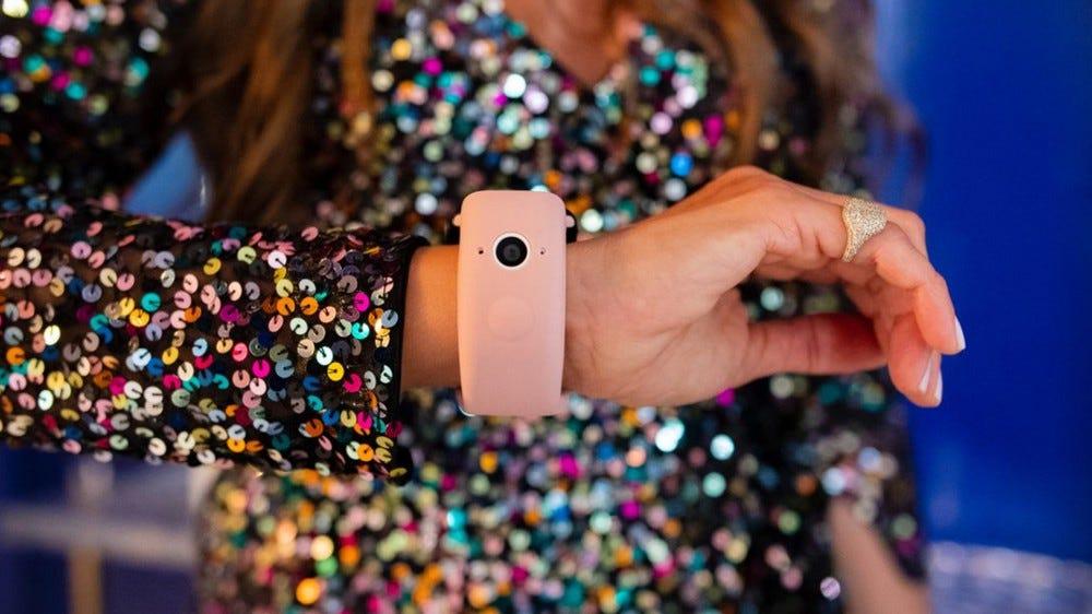 Wristcam Apple watch camera