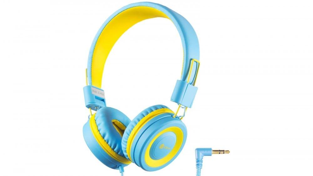 iClever super-adjustable headphones for children