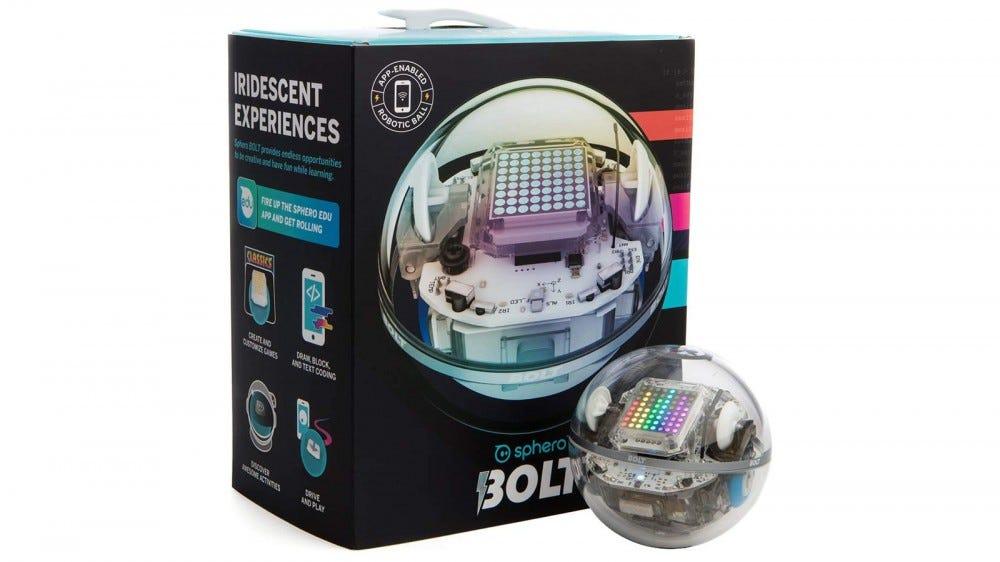 Sphero BOLT és a hozzá tartozó doboz