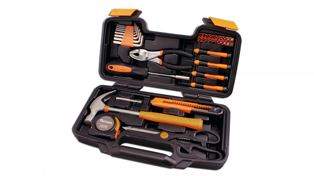 The CARTMAN 39-piece tool set.
