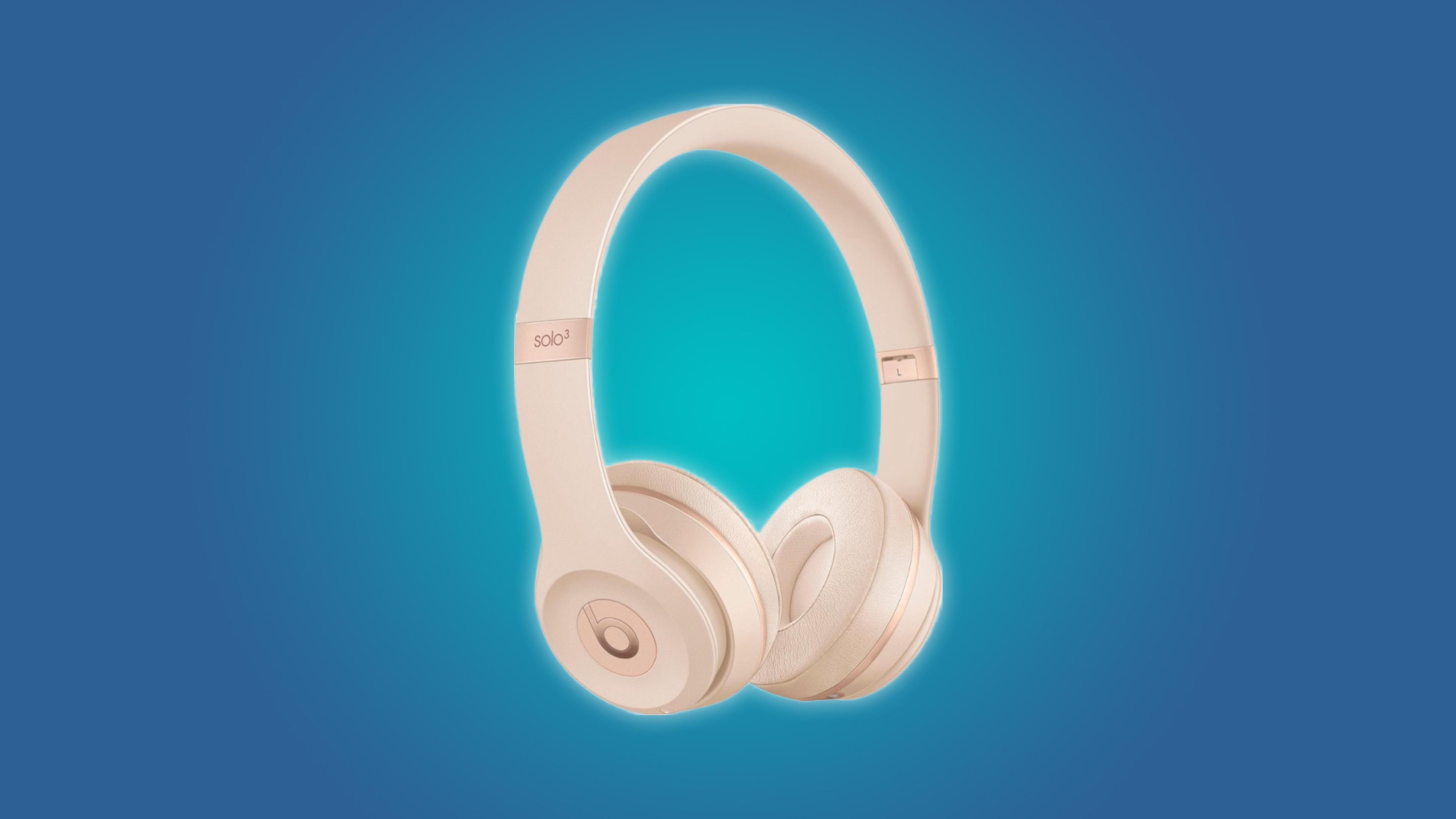 fccefb17e9f Deal Alert: Matte Gold Beats Solo3 Bluetooth Headphones for Just $150 –  Review Geek