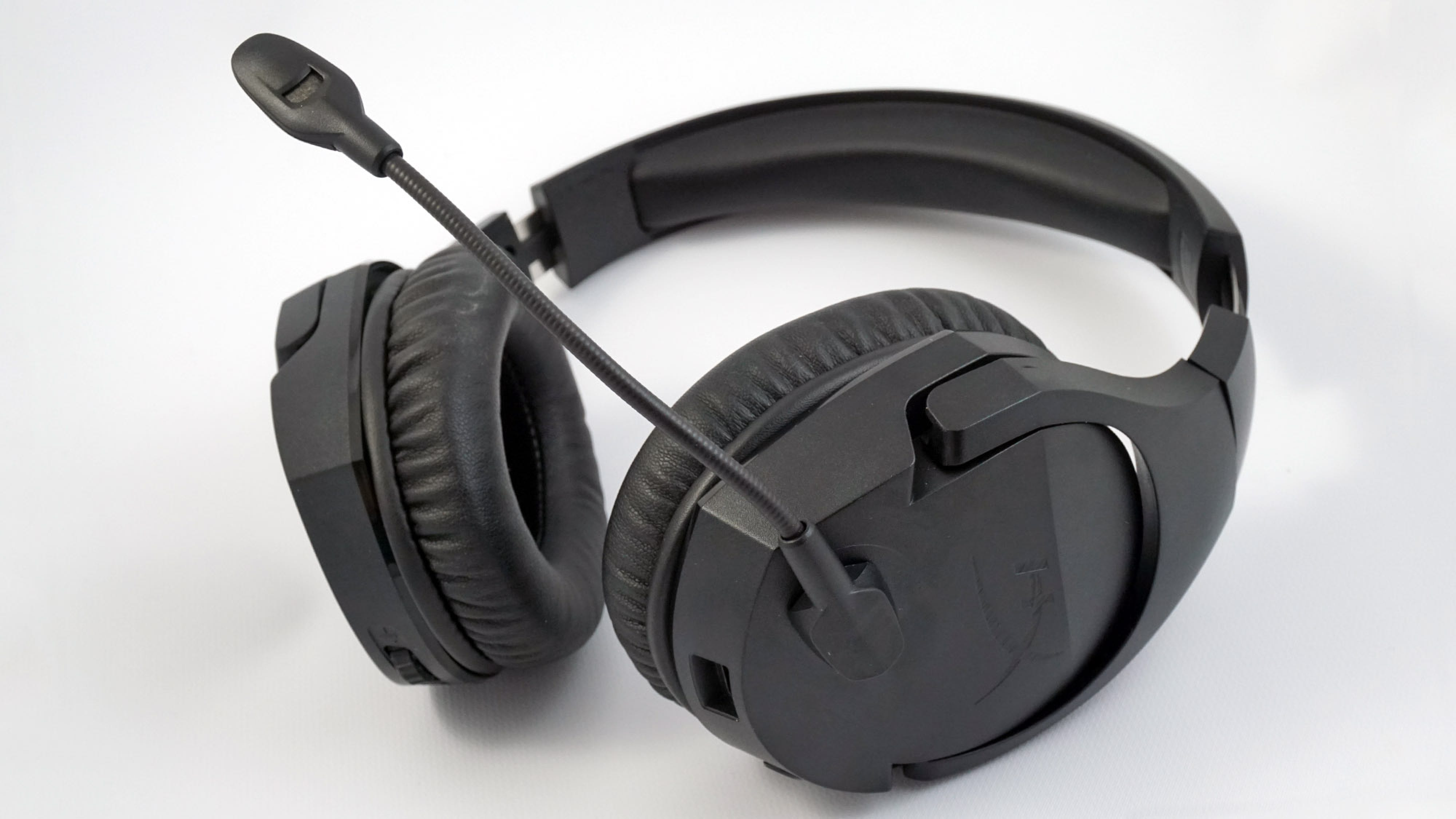 Hyperx Cloud Stinger Review A Comfy Gaming Headset No Bells Nor Whistles Review Geek